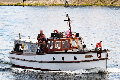 Verkehrsboot KUDDEL am 11.7.2019 in Travemünde