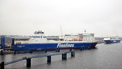 EUROPALINK  und FINNWAVE am 22.12.2019 in Travemünde