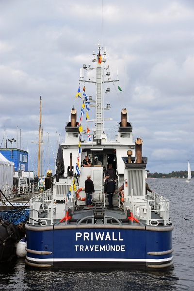 Zollboot PRIWALL am 3.10.2019 in Kiel