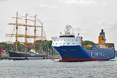 BORE BANK und PASSAT am 20.7.2019 in Travemünde